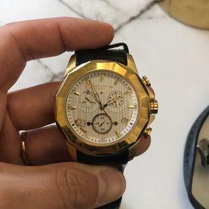 Men's gold diving watch